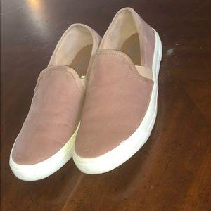 DV shoes
